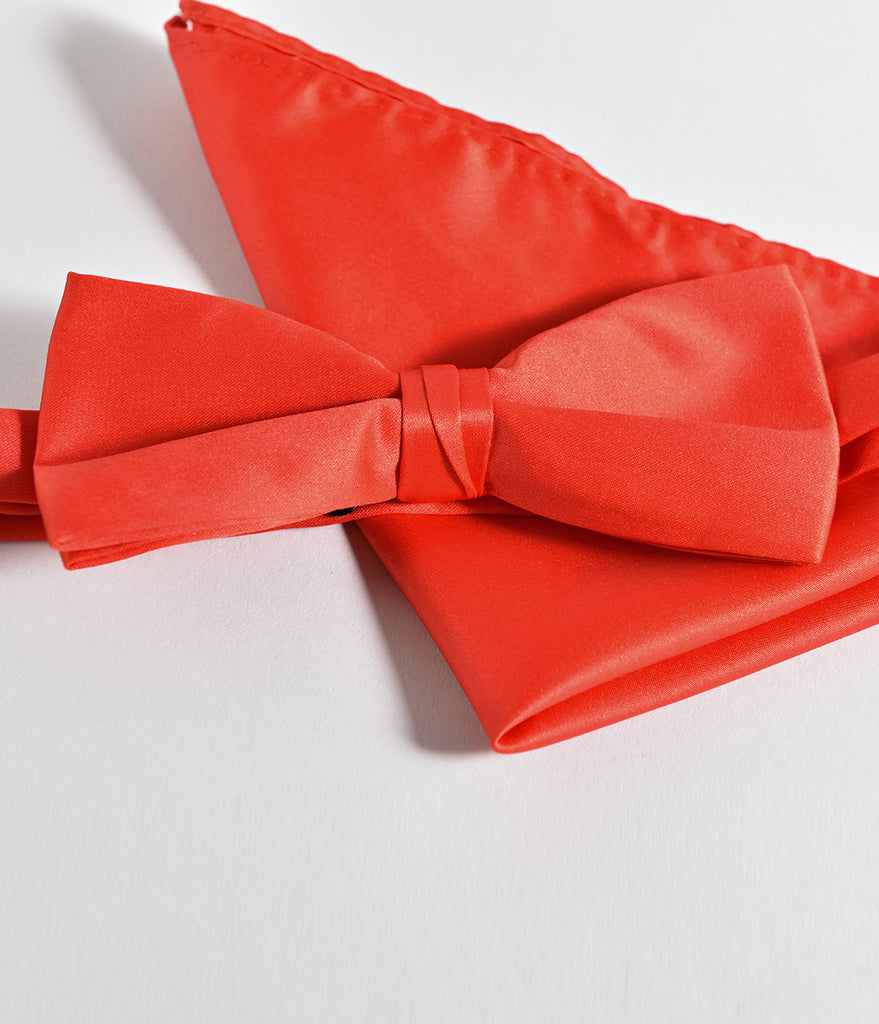 Retro Style Red Bow Tie & Pocket Square