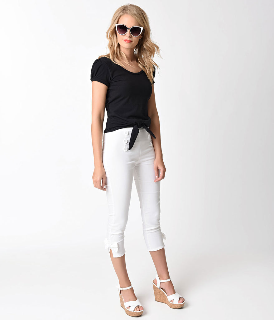Retro Style White Button & Bow Stretch Capri
