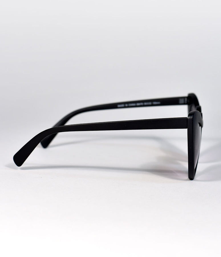 Black Matte Wholehearted Cat Eye Sunglasses