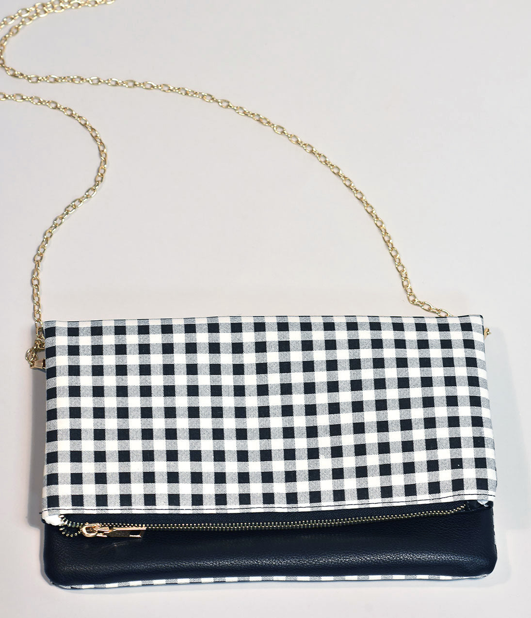 Vintage & Retro Handbags, Purses, Wallets, Bags Vintage Style Black  White Gingham Fold Over Clutch $38.00 AT vintagedancer.com