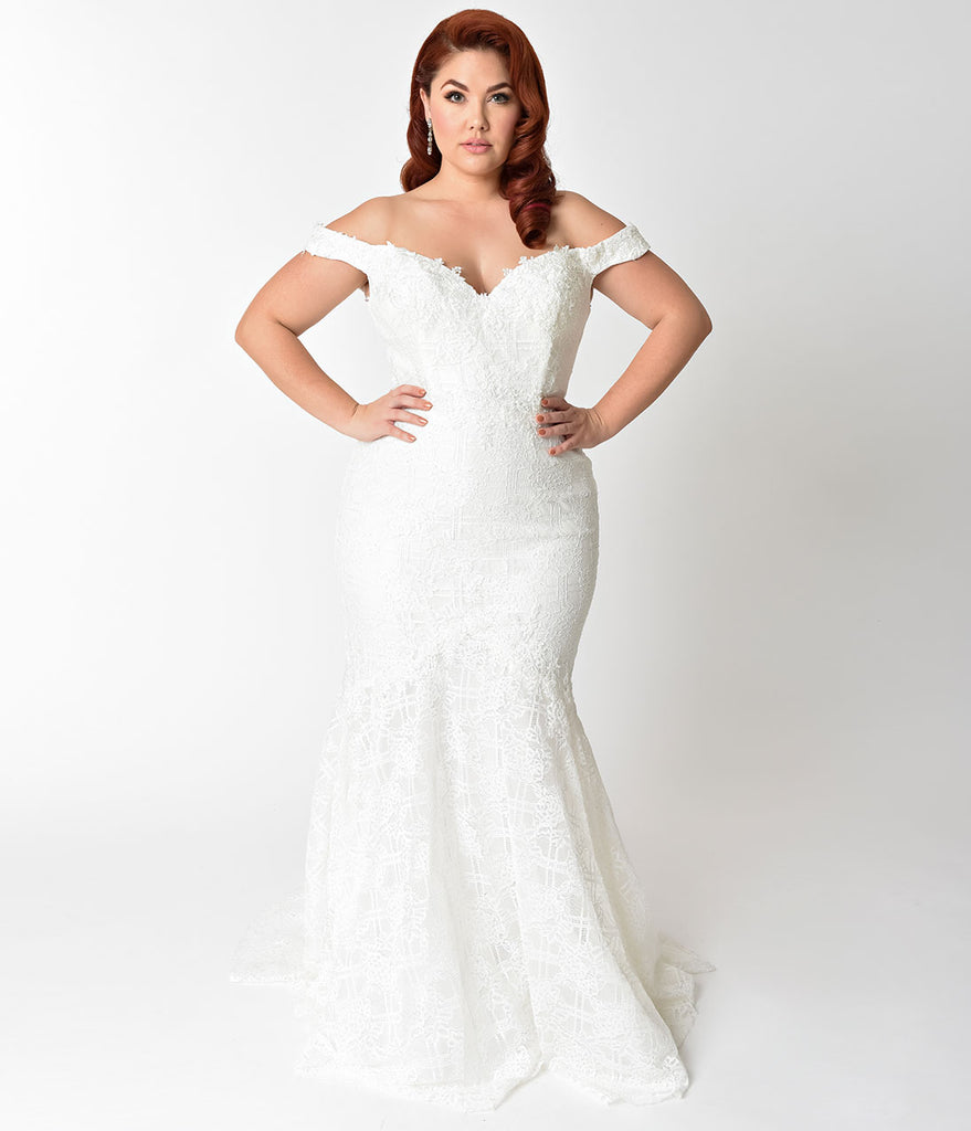 Plus Size Ivory Floral Lace Pearl Beaded Mermaid Wedding Gown