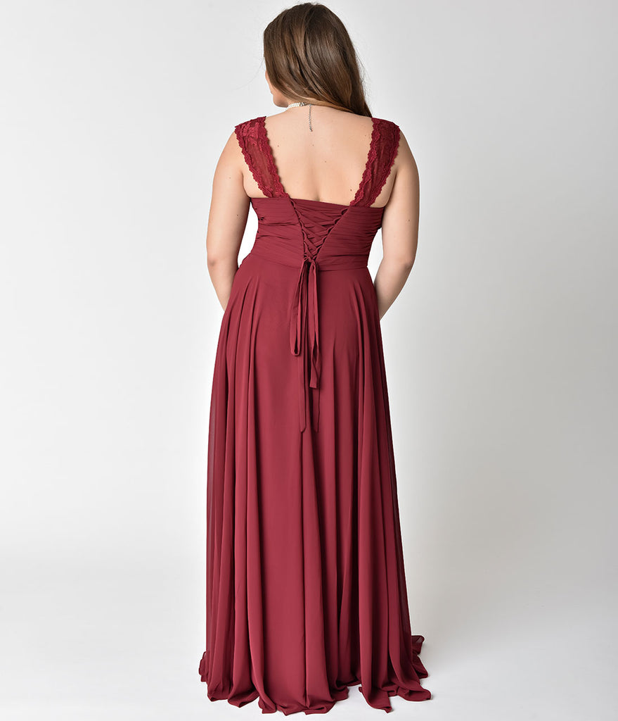 Plus Size Burgundy Lace Strap Sweetheart Neckline Chiffon Gown