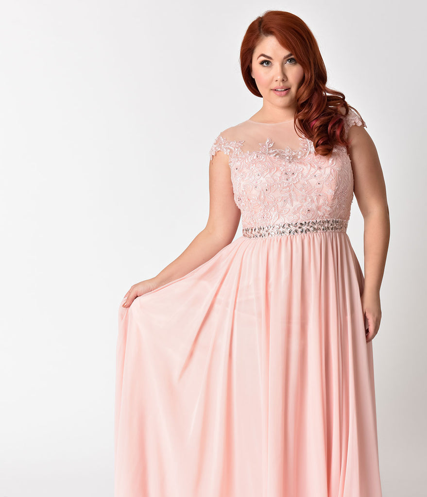 Plus Size Blush Pink Embellished Lace Chiffon Cap Sleeve Prom Gown