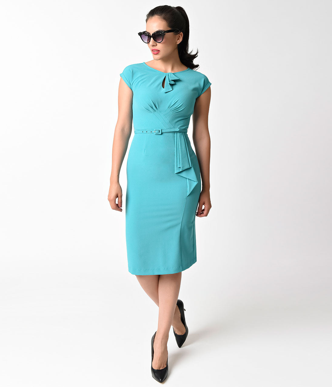 50 Vintage Halloween Costume Ideas Stop Staring 1940s Style Aqua Fitted Timeless Wiggle Dress $80.00 AT vintagedancer.com