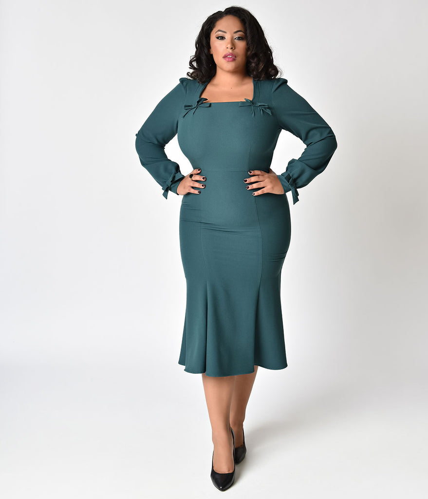Stop Staring! 1940s Style Plus Size Forest Green Michealina Dress ...