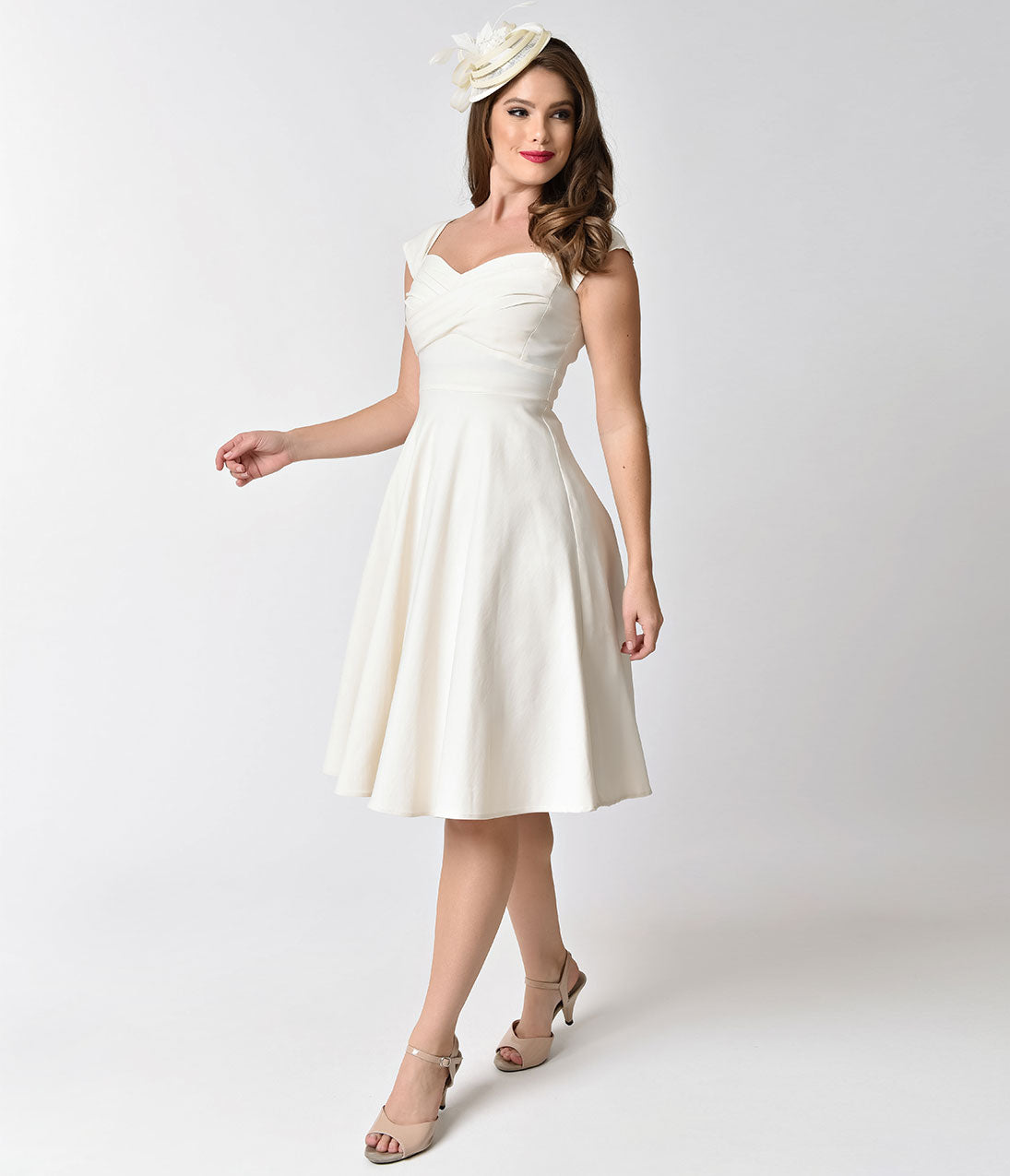 60s Wedding Dress | 1960s Style Wedding Dresses Stop Staring Mad Style Ivory Cap Sleeve Swing Dress $172.00 AT vintagedancer.com