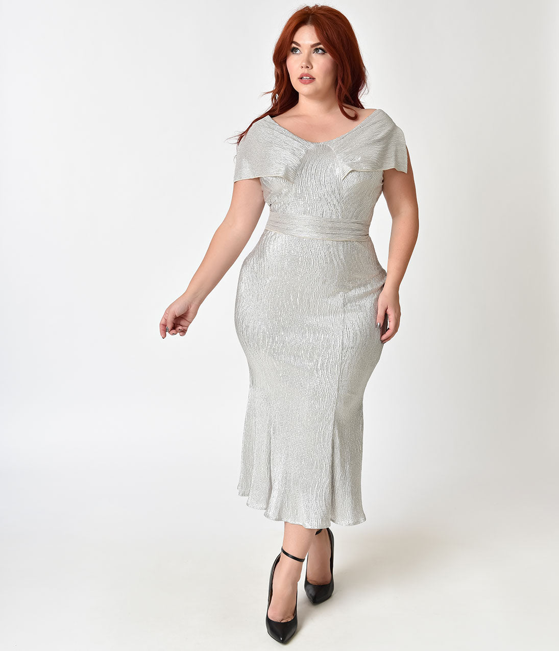 1930s Art Deco Plus Size Dresses | Tea Dresses, Party Dresses Stop Staring Plus Size Metallic Silver Screen Cap Sleeve Wiggle Dress $128.00 AT vintagedancer.com
