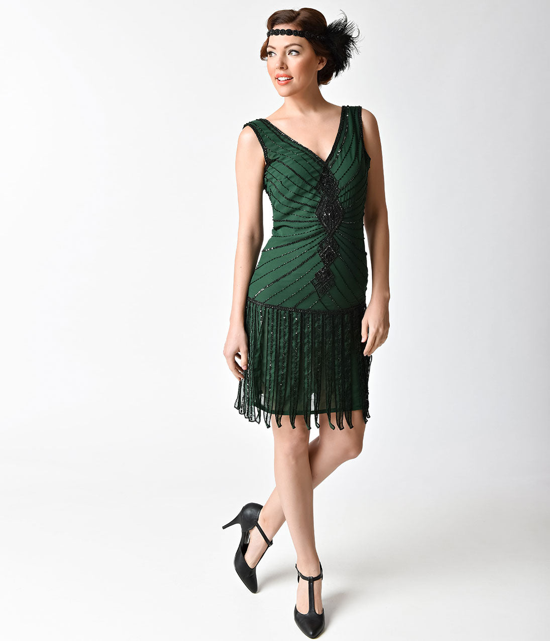 1920s Style Dresses, Flapper Dresses Unique Vintage 1920s Style Emerald  Black Beaded Fringe Aelita Flapper Dress $71.00 AT vintagedancer.com