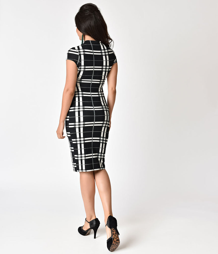 Unique Vintage 1960s Black & White Plaid Stretch Knit Cap Sleeve Holly Wiggle Dress