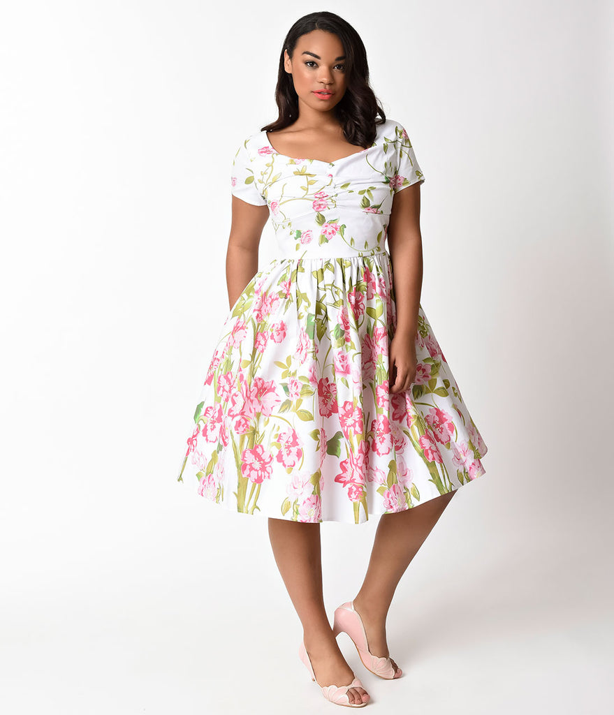 Plus Size White Dresses with Sleeves