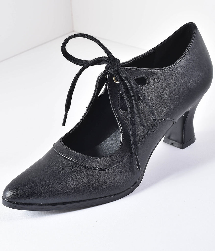 Vintage Style Black Leatherette Bow Tie Pointed Toe Heels