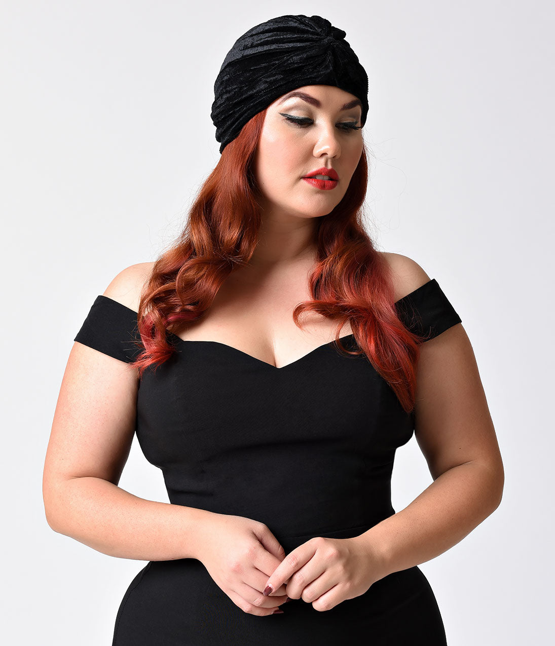 1940s Hairstyles- History of Women's Hairstyles Vintage Style Black Velvet Knotted Turban $14.00 AT vintagedancer.com