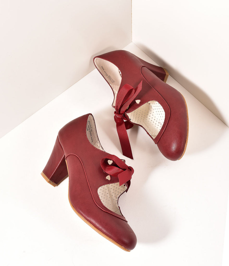 aed4e81d09de1 Vintage Style Burgundy Leatherette Mary Jane Bow Wiggle Heels