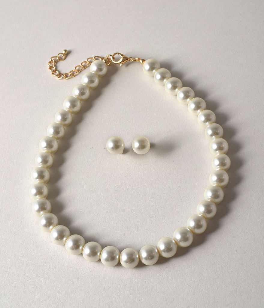 Vintage Style Ivory Pearl Necklace & Stud Earring Set