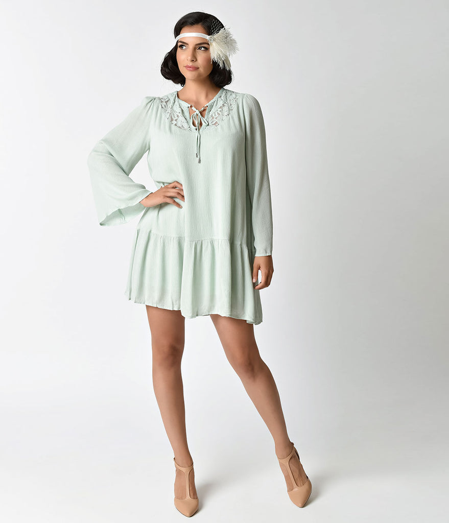 Vintage Style Mint Green Long Sleeve Flapper Day Dress