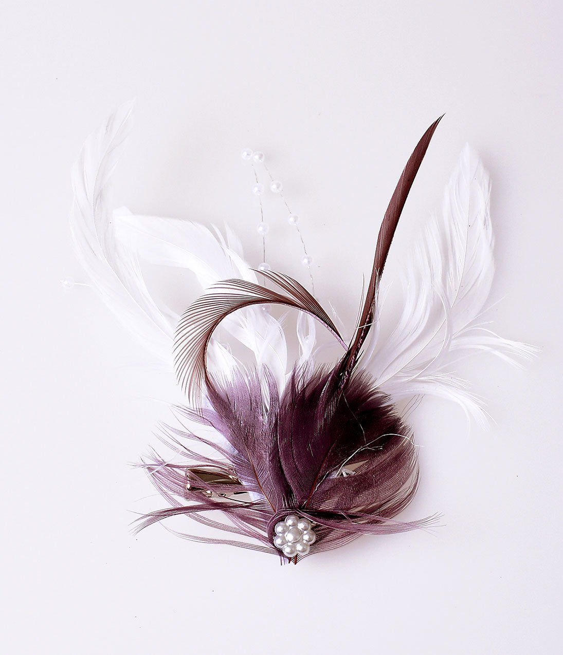 1920s Headband, Headpiece & Hair Accessory Styles Vintage Style White  Plum Purple Coquille Feather Hair Clip $16.00 AT vintagedancer.com