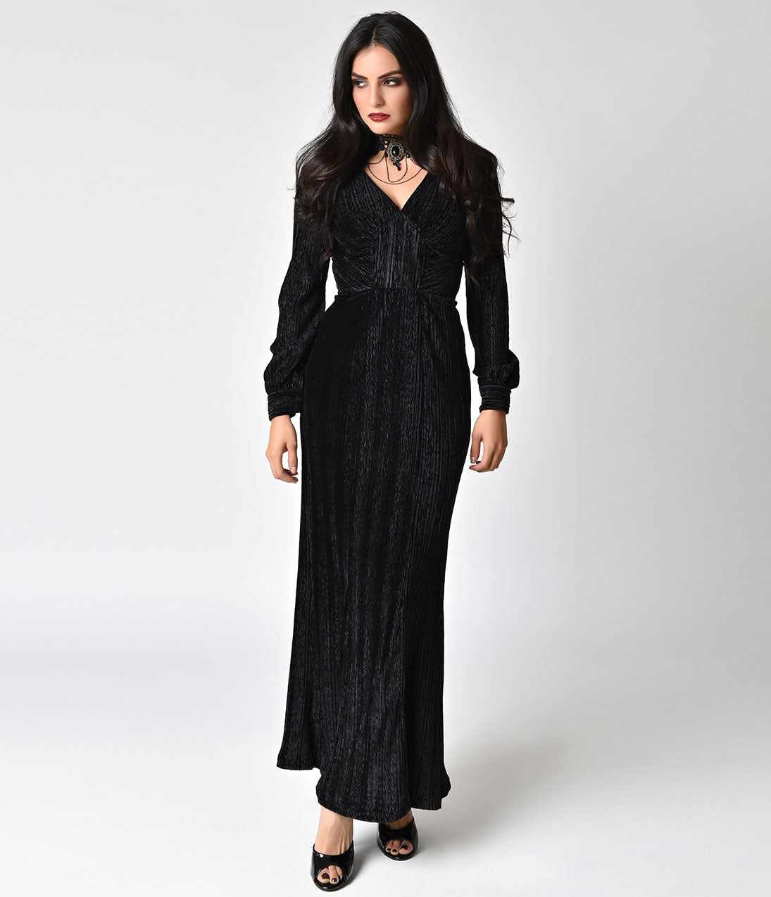 1930s Evening Dresses | Old Hollywood Dress Voodoo Vixen 1930S Style Jet Black Velvet Long Sleeve Maxi Dress $78.00 AT vintagedancer.com