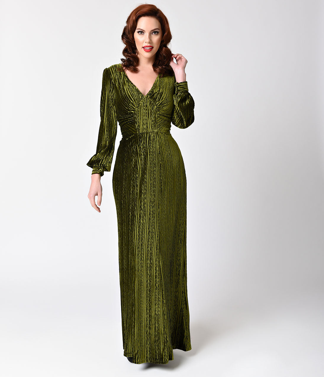 1930s Evening Dresses | Old Hollywood Dress Voodoo Vixen Olive Green Velvet Long Sleeve Maxi Dress $88.00 AT vintagedancer.com