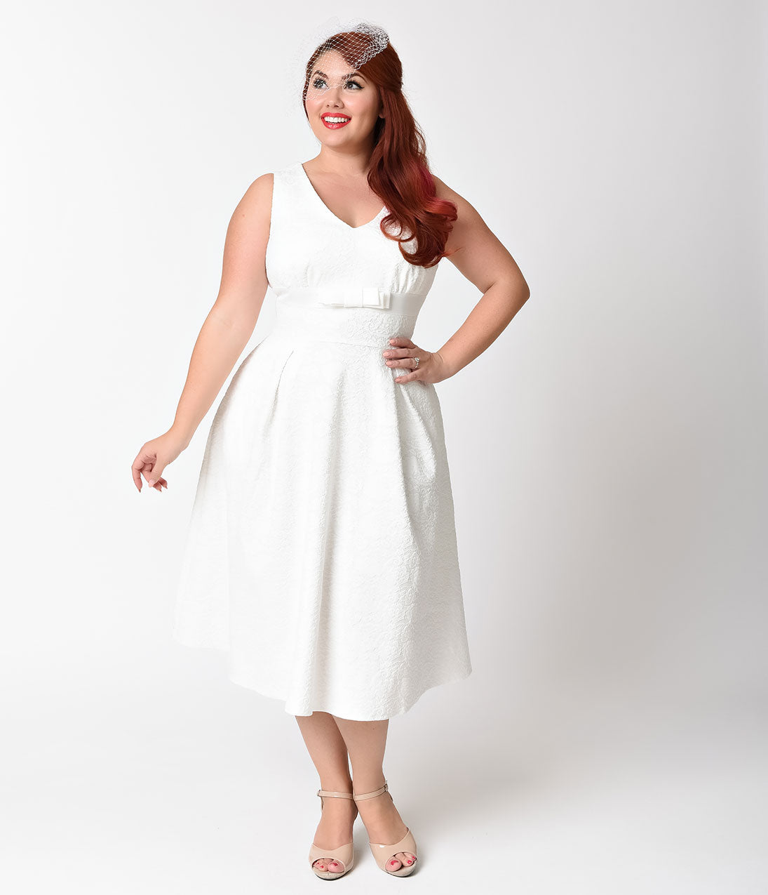 Vintage Inspired Wedding Dress | Vintage Style Wedding Dresses Voodoo Vixen Plus Size 1950s Style White Lace Monroe Swing Dress $58.00 AT vintagedancer.com