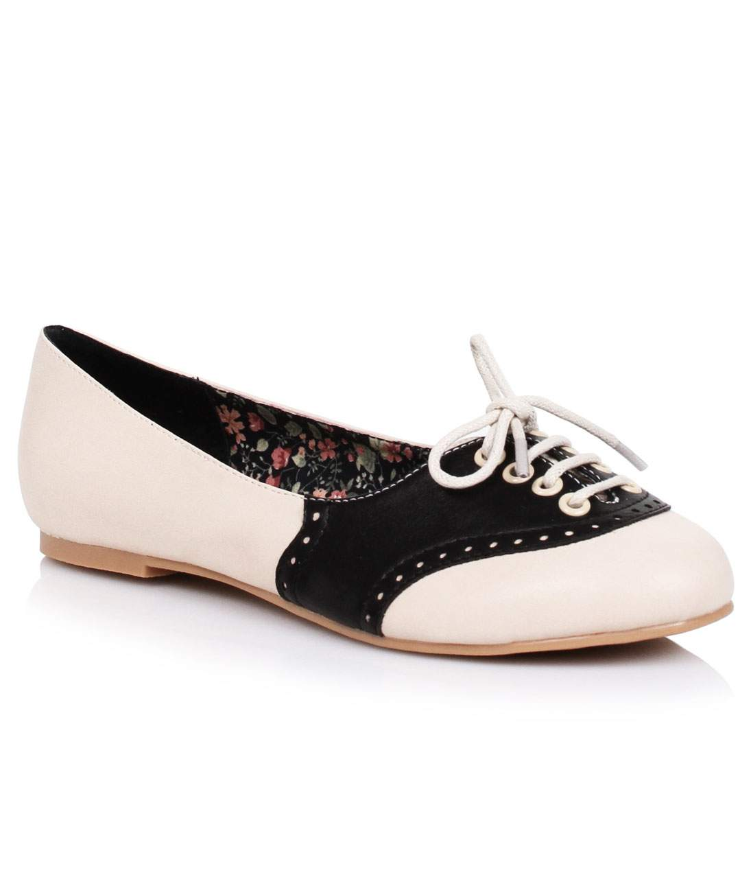 Retro Vintage Flats and Low Heel Shoes Cream  Black Retro Halle Oxford Saddle Shoes $68.00 AT vintagedancer.com