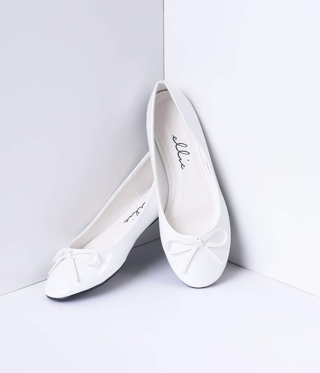Vintage Style Shoes, Vintage Inspired Shoes White Bow Mila Flats $32.00 AT vintagedancer.com