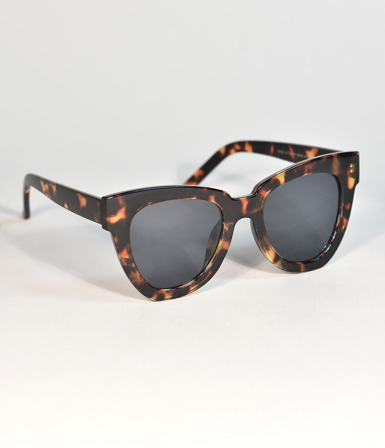 Brown Tortoise Shell Retro Cat Eye Standard Sunglasses