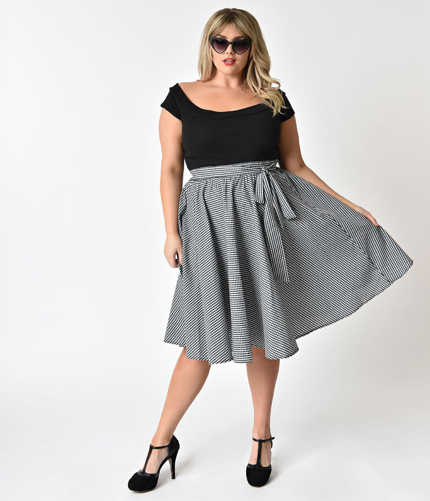 1950s Style Plus Size Black & White Gingham Swing Skirt