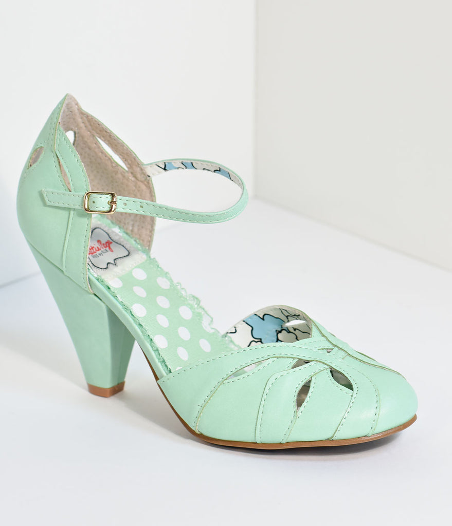 Bettie Page Retro Mint Cut-Out Sally Heels