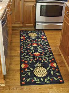 Pineapple Patterned Hooked Rug Runner