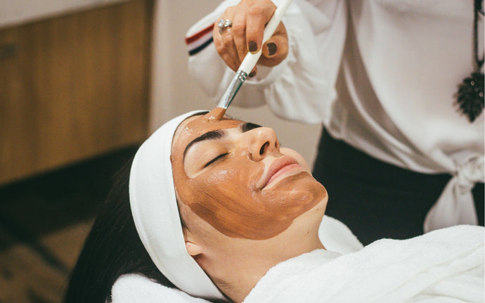 4 Amazing Facials You Have To Know About This Summer