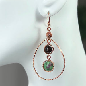 Dew Earrings - Ruby/Garnet
