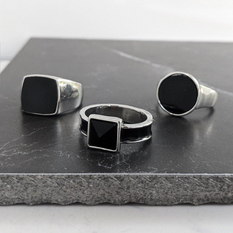 DesignB Silver & Black Signet Rings in 3-Pack