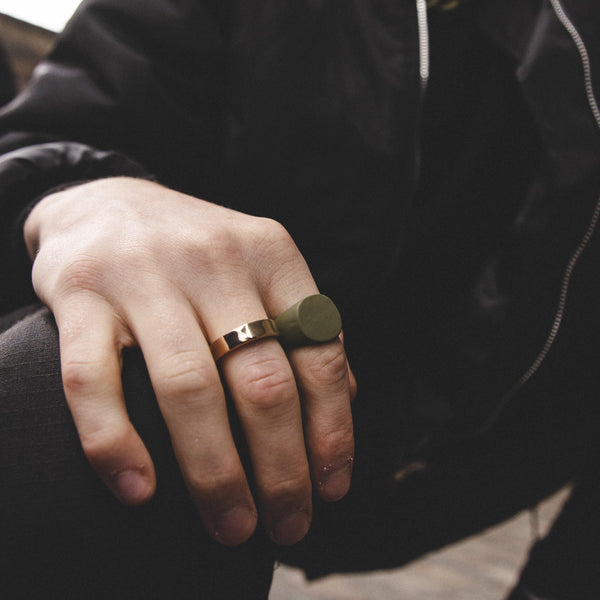Pack of  2 Rings in Gold and Matte Khaki - designblondon