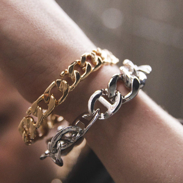 Broken link Chain Bracelet In Gold - designblondon