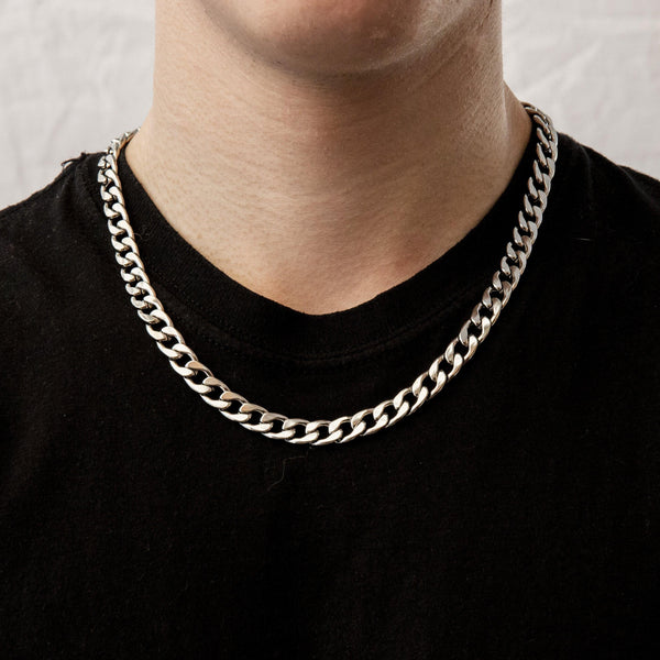 Curb Chain Necklace in Silver 𝙎𝙩𝙖𝙞𝙣𝙡𝙚𝙨𝙨 𝙎𝙩𝙚𝙚𝙡 - 9mm