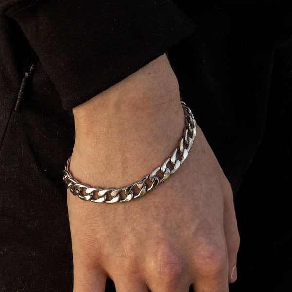Curb Chain Bracelet in Silver 𝙎𝙩𝙖𝙞𝙣𝙡𝙚𝙨𝙨 𝙎𝙩𝙚𝙚𝙡 - 9mm