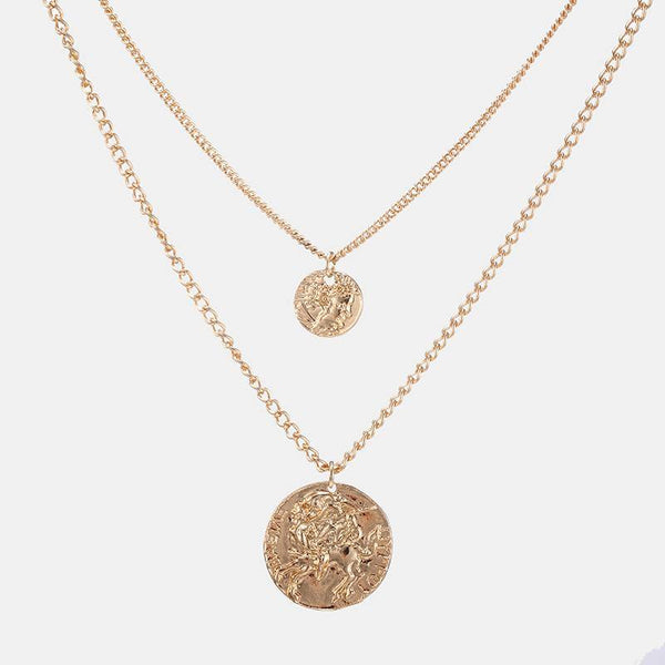 Layered Necklace With Circle Pendants In Gold