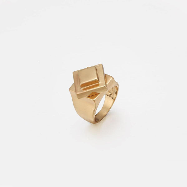 Geo Design Statement Signet Ring in Gold - designblondon