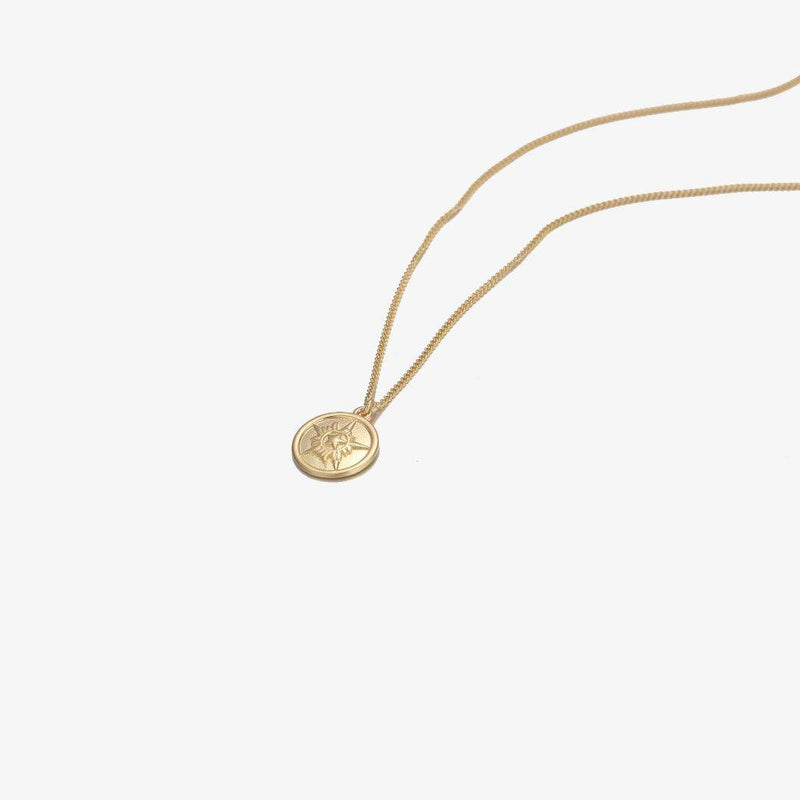 Designb gold plated neck chain with pendant in sterling silver