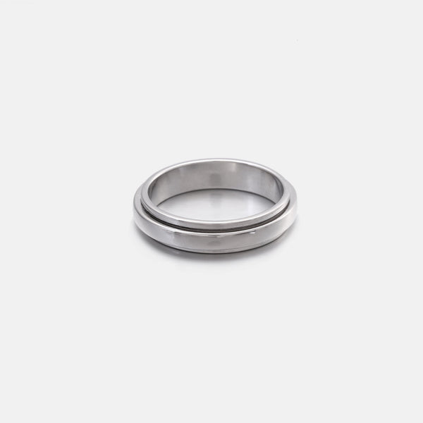 Spinning band ring in sterling silver