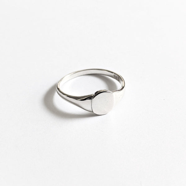 DesignB Signet Ring in Sterling Silver