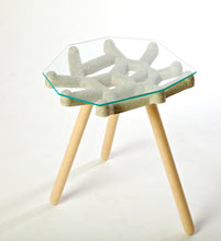 J5 Concrete Table