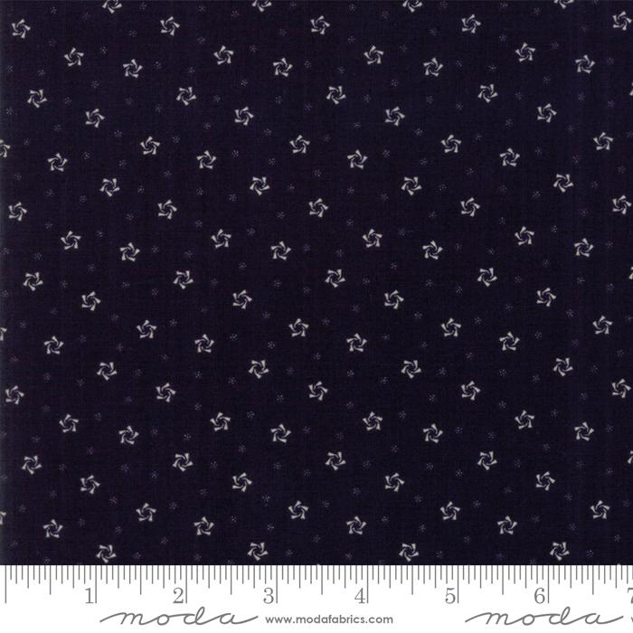 Star & Stripe Gatherings: Twirling Star Navy