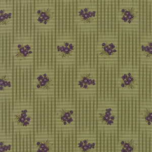 Sweet Violet: Gingham Floral Leaf Light Green