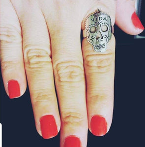 ilaments Vida Skull Ring