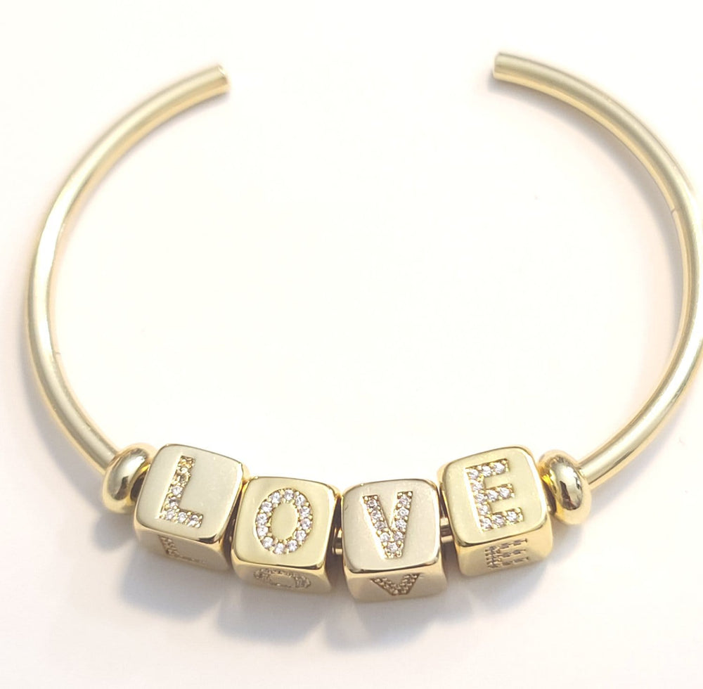 Load image into Gallery viewer, Love Bead Bracelet