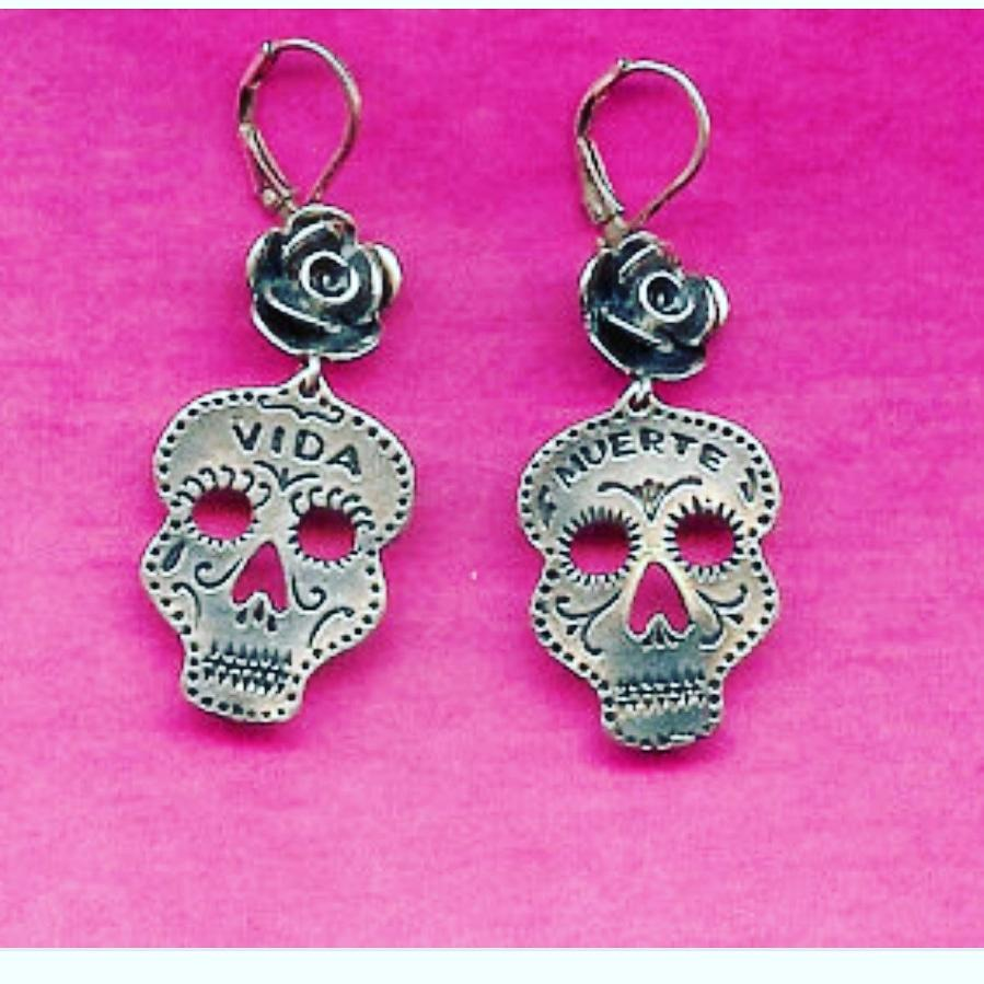 Rose Vida y Muerte Earrings