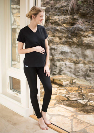 Maternity Belly Tee with Radiation Shielding Fabric - Girl in Black Tee
