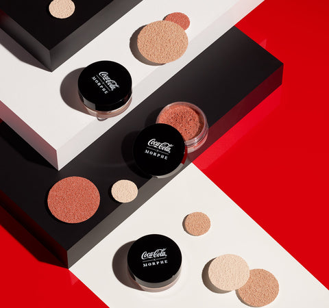 COCA-COLA X MORPHE GLOWING PLACES LOOSE HIGHLIGHTER - POP IT
