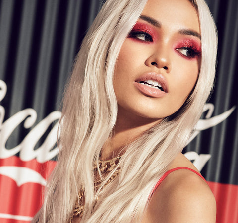 COCA-COLA X MORPHE THIRST FOR LIFE ARTISTRY PALETTE ON MODEL
